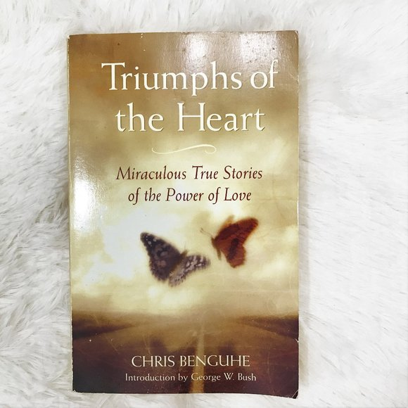 Other - 3/$15 Triumphs of The Heart Paperback Book
